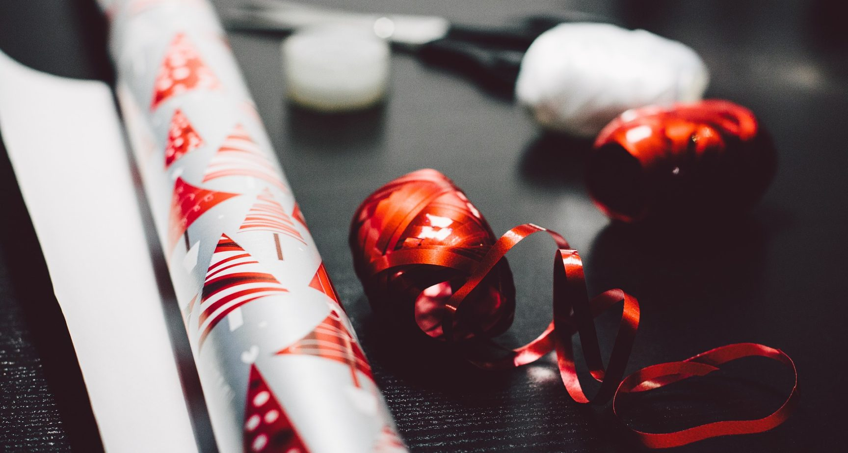 Organizing a Successful Office Christmas Party: Things to Keep in Mind